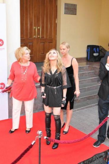 Madonna na inauguração do Hard Candy Fintess em Moscow, Russia