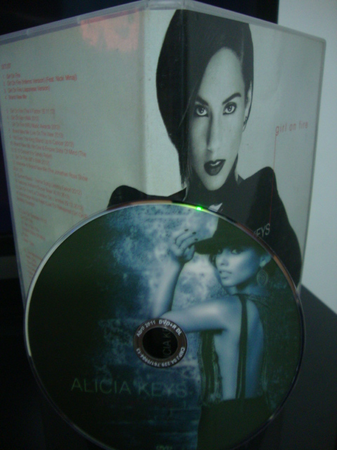dvd alicia keys girl on fire