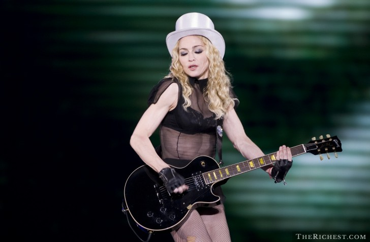madonna - sticky & Sweet Tour tours money