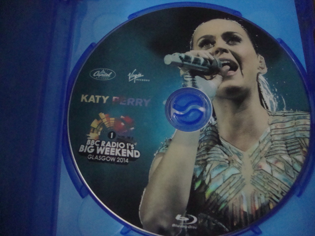 blu-ray katy perry big weekend 2014 prism inside