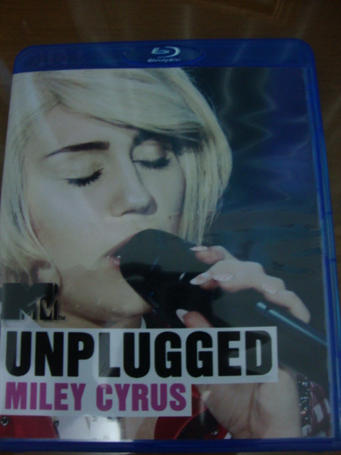 blu-ray miley cyrus mtv unplugged 2014 we can't stop vma 2013 capa
