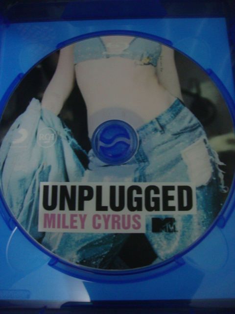 blu-ray miley cyrus mtv unplugged 2014 we can't stop vma 2013 disco