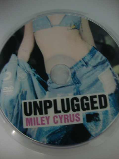 dvd miley cyrus mtv unplugged 2014 we can't stop vma 2013 disco