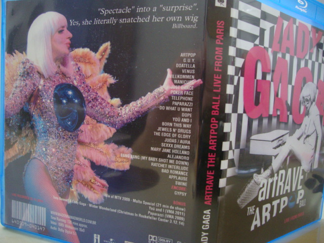 BLU-RAY Lady Gaga ARTPOP aRTRAVE Live From Paris extras