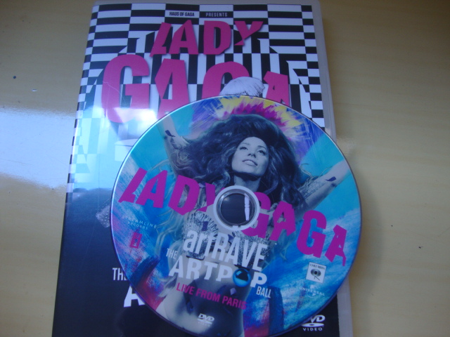 DVD Lady Gaga ARTPOP aRTRAVE Live From Paris