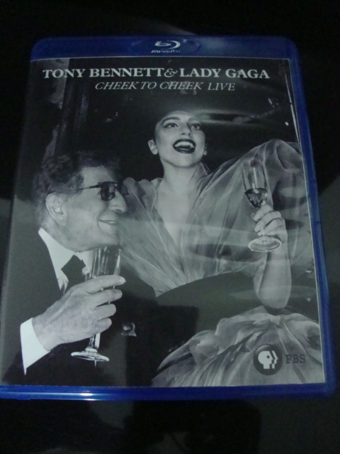 blu-ray lady gaga e tony bennett cheek to cheek PBS + extras 2
