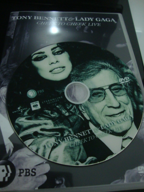 dvd lady gaga e tony bennett cheek to cheek PBS + extras disco