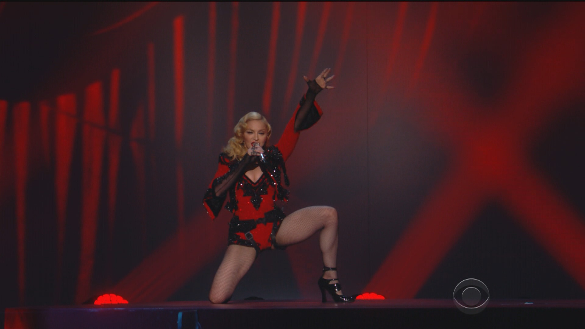 Madonna - Grammy 2015 Living For Love 8