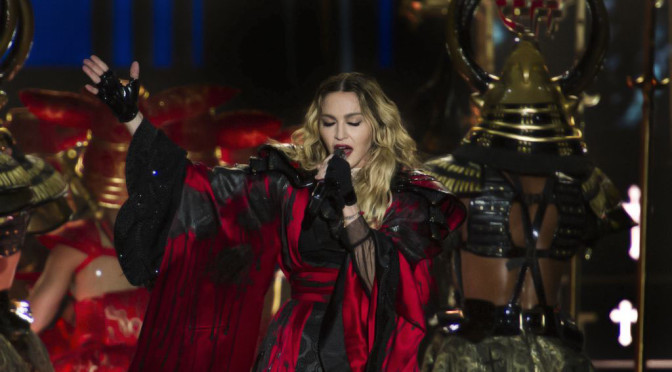 Rebel Heart Tour: Católicos furiosos com performance de Madonna