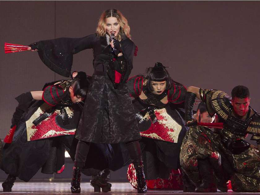 montreal-que-september-09-2015-madonna-during-her-con13