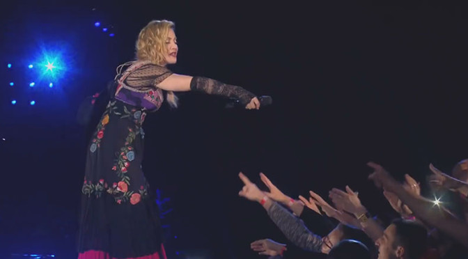 Madonna e seu amor por Paris na Rebel Heart Tour